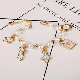 MQCHUN mode femme bijoux accessoires alice au pays des merveilles horloge de lapin imitation perle lien chaîne bracelet charme bracelet ? partir de fabricateur