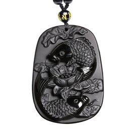 Colgante de loto tallado online-Talla fina Obsidiana dos pescados y loto colgante de obsidiana negro para hombres