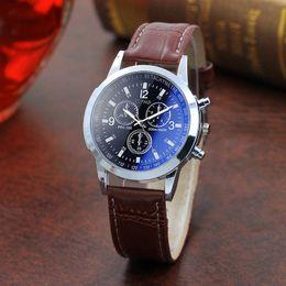 Мужские часы римские цифры онлайн-Мужские часы римские цифры Blue Ray стекла Мужчины Luxury кожа Аналоговые кварцевые наручные часы деловых Мужские часы быстрая свободная перевозка груза