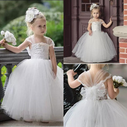 Wholesale halter dresses for girls - 2018 Cute Toddler Flower Girls Dresses For Weddings Newest Lace Tulle Tutu Ball Gown Infant Children Wedding Dresses Party Dresses