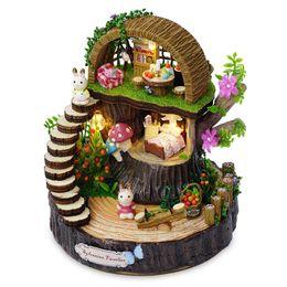 2019 miniature coniglio Assemblaggio del modello in miniatura fai da te Kit casa delle bambole in legno Foresta Rree House Toy con coniglio Figura Gift Box for Girl miniature coniglio economici