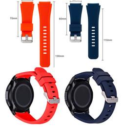 bracelet en silicone de 22 mm Promotion Bracelet de montre en silicone 11 couleurs pour Gear S3 Classic / Frontier 22mm Bracelet de remplacement pour bracelet de montre pour Samsung Gear S3 R760