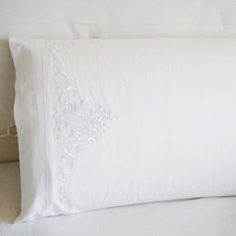 Taie d'oreiller en coton blanc avec coussin brodé Taie d'oreiller 100% coton 46x74cm ? partir de fabricateur
