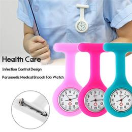 2019 clip de relógio de enfermeira de bolso Silicone Enfermeira Relógio Médico Clipe de Bolso Relógios Coloridos Broche Fob Túnica Capa Hospital Médicos Enfermagem Relógios de Quartzo desconto clip de relógio de enfermeira de bolso