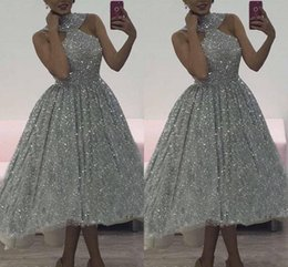 Wholesale fitted one shoulder sexy dress - Short 2018 Charming Silver Sequins Prom Dresses Halter Plus Lace Sleeveless Soft Fitting High Quality Cocktail robe de soirée Party Dresses
