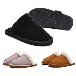 Sandalias de invierno de las niñas online-Tamaño 36-41 WGG Diapositivas para mujer Diseñador de lujo de invierno Piel de marca Marca para mujer Sandalias calientes Zapatillas Chanclas con sandalias de punta