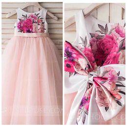 2020 cintas arcos para las faldas 2018 Vestidos lindos de una línea de flores para niñas Falda de tul rosa Vestidos de fiesta de desfile de chicas formales con lazo en la espalda Fiesta de cumpleaños de cinta para niños cintas arcos para las faldas baratos