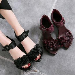 Wholesale Womens Flower Flat Sandals - Free shipping 2017 womens summer Fish mouth shoes lady black flower sandals