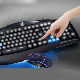 Wholesale lights for laptop keyboards - Professional Wired Optical Gaming Keyboard Mouse Suit Set With Waterproof Colorful Light Keyboard Gamer Mouse combos for Laptop