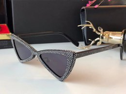 Wholesale bling eyes - Luxury 207 Sunglasses For Women Cat Eye Bling Bling Popular SL207 Deisng Frame UV400 Lens Summer Style Top Quality Come With Package