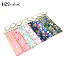 Wholesale Star Lover Light Gift - 2018 New Fabric Wrist Key Chain Spring Fling Wristlet Key Fob Yellow White Hearts Keyring Pink Flowers Keychain Gifts For Girl F-002