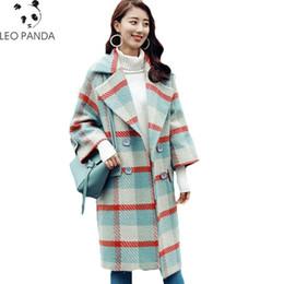 casaco xadrez em lã mais tamanho Desconto 2018 moda xadrez casaco de lã casaco de inverno mulheres jaqueta de lã de lã feminino parka longo cashmere solto plus size outerwear hf477