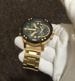 Canada Haute qualité cosc Français célèbre marque de luxe modèle de montre à quartz INVICTA pour hommes Vêtements pour hommes en cuir montre en or Deux travail cheap french clothing styles Offre