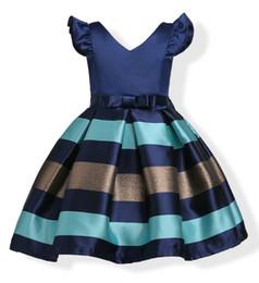 Vestidos de casamento da cor da mistura on-line-Moda Puff Mangas Mix Cor Tarja Jacquard Vestido De Festa para As Meninas Casamento Cetim Europa e American Princess Vestidos fit 3-10 Anos crianças