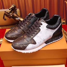 2018year Nueva marca de moda de lujo avanzado manual de zapatillas de deporte tamaño 38 ~ 46, La bolsa de polvo + Caja de zapatos El modelo 44788 desde fabricantes