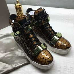 Wholesale Metal Help - US size High help men's shoes Personality Serpentine fashion zipper Genuine Leather Metal Sequins student Wide Couple Casual Women's shoes
