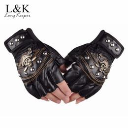 Модные перчатки без пальцев женщин онлайн-Long Keeper Skulls Rivet PU Leather Fingerless Gloves Men Women Fashion Hip Hop Women's Gym Gloves Half Finger Men's