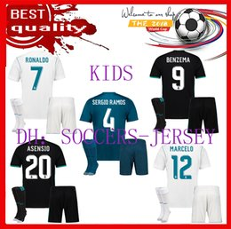 Wholesale Football Jersey Fonts - 2017 2018 kids Real madrid soccer Jerseys New Font 17 18 RONALDO white Black JAMES BALE RAMOS ISCO MODRIC football shirt Thailand Quality