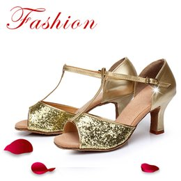 Wholesale Sequin Dance Shoes - Women's PU Latin Dance Shoes Salsa Party Ballroom Dancing Shoes Soft Sole Suede Leather Soft Outsole Middle Heel Sequins Sandals