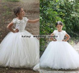 Padrões vestido para meninas on-line-A linha Jewel Neck vestido de baile vestido de baile disse Mhamad TuTu Flores Vestidos de meninas Little Girl Patterns mãe e filha vestido de marfim