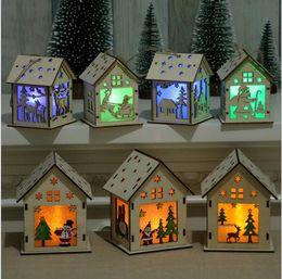 Mini albero di natale diy online-LED Light Casa in legno Mini Carino Albero di Natale Hanging Ornament Decorazioni di festa Decorazione fai da te Regali KKA6174