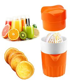 Wholesale Juicing Machines - Portable Manual fruit Juicers Fruit Squeezer Machine Extractor Hand Press Cup Handheld Orange Citrus Squeezer Big Capacity juicers