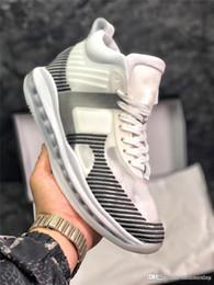 the latest 7ee24 3db73 2018 authentische John Elliott x Symbol QS JE schwarz weiß Basketball Schuhe  für Männer 2019NIKELeBron mit Original Box Max AQ0114-100