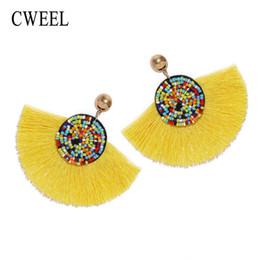 Geometrische ohrringe online-CWEEL Perlen Quaste Ohrringe für Frauen Ethnische Geometrische Lange Baumeln Schwarz Charms Hochzeit Koreanischen Stil Bts Acessorios Ohrringe