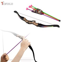 Wholesale archery outdoors - TOFOCO Plastic Archery Bow Arrow Toys For Children Bow 35cm Arrow 30cm Sport Toys Outdoor Shooting Fun For Kids