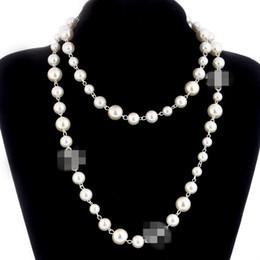 8f0fc3c42220 2018 diseñador de la marca Cadena Suéter Largo Collar Colar Maxi Simulado  Collar de Flores de Perlas Mujeres Joyería de Moda bijoux femme