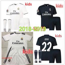 2fa9bbbde Real Madrid soccer jersey Kids kits 2018 2019 New RONALDO Asensio SERGIO  RAMOS MODRIC MARCELO BALE ISCO 18 19 child Football shirts + socks
