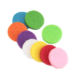 Wholesale 25mm Round - 50pcs 10 Style Colorful 17mm Round Essential Oils Diffuser Locket Pads Perfume Aroma Locket Replacement Pads for 25mm diffuser locket