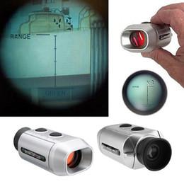 baterías de golf Rebajas 7X Medidor de distancia digital Laser Golf Range Finder Alcance 1000 yardas Herramientas de medición Alcance telémetro alimentado por batería
