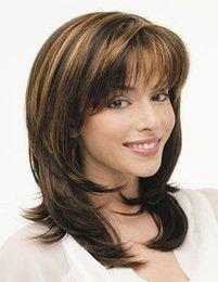 Neue Stilvolle Multicolor Ombre Hair Blonde Mix Braune Perücken Für Sexy Lady Lange Mittlere Lockige Gewellte Frisur Perücken Für Frauen