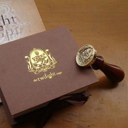 Wholesale wax seal stamp custom - Free shipping!Unique Wampire&Werewolf Wood Handle Wax Seal Stamp Wedding Custom Greetings Envelope Seal Scrapbooking Gift