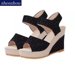 Wholesale sponge wedges - Free freight 2017 antiskid New hot style women's shoes wedge sandals buckles Sandals with Sponge thick bottom