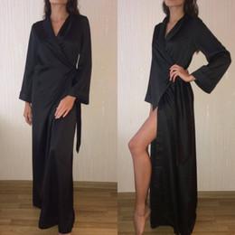 2019 Siyah Gece Robe Bornoz Dantel Düğün Gelin Nedime Bornozlar Kadınlar Için Sabahlık Pijama Pijama Pijama Artı Boyutu cheap sleepwear robes plus size nereden pamuk bornozları artı boyutu tedarikçiler