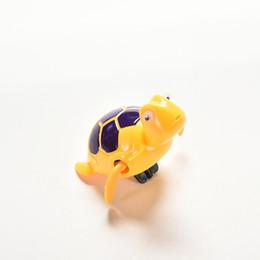 Essential Neonati nuotare tartaruga ferita catena piccolo animale Baby Bambini giocattolo da bagno giocattoli classici Colore casuale cheap toy for baby born da giocattolo per neonato fornitori