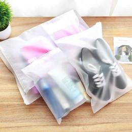 Sacchetti di scarpe in plastica viaggio online-Sacchetto di immagazzinaggio di viaggio Sacchetto di plastica richiudibile di plastica spesso smerigliato poli, sacchetto d'imballaggio di stoccaggio per i gioielli delle scarpe dei vestiti del regalo
