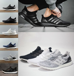 Wholesale massage men - 2018 High Quality Running Shoes 4.0 triple white black grey Men Women 3.0 Blue Oreo casual Shoes Sports Sneakers 36-45