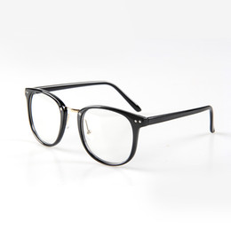 9888e1cf2 2018 Mujeres de La Moda Marco de Gafas Falsas Hombres Vintage Transparen  Clear Eye Glasses Frames para Hombres Gafas Ópticas Marco de Anteojos  falsas gafas ...