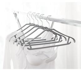 Wholesale Plastic Adult Hangers - Useful Adult Hanger Anti-slip Drying Racks 20 pack 360 Degree Chrome Swivel Hook Ultra Non Slip Hangers Clothing Support