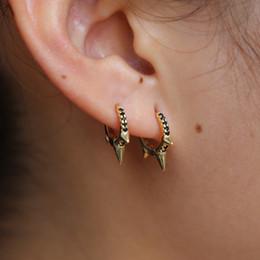 2019 boucles d'oreilles minimales Cerceau mini en argent sterling plaqué or 925 avec trois pointes pavées de noir cz minimal petite boucle d'oreille pour les femmes promotion boucles d'oreilles minimales