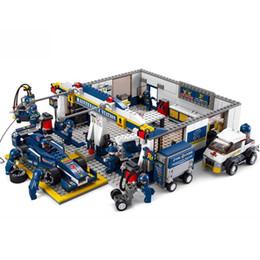Wholesale Construction Pieces - 741 Pieces set Pit Maintenance Station Construction Building Block Sets Children Educational toys Formula Racing F1 Car