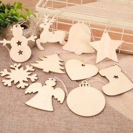 Rentierholz online-10pcs lot Christmas Gifts Blank Wooden Ornaments Craft Heart Tree Snowman Snowflake Reindeer Decorations Bell Hang Gift Wood Slices FFA1054