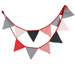 Deco di cotone online-3.2 m 12 Bandiere Red Banner nero Pennant Cotton Cloth Bunting Banner Booth Puntelli Photobooth Birthday Party Decoration Wedding Deco