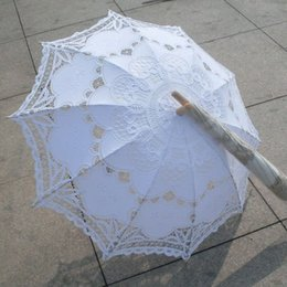 Wholesale Ivory Lace Parasols - Classic Multi-color Noble Elegant Palace Style Long Arm Wedding Bridal Umbrella Embroidery Gingham Lace Parasol lace Umbrella