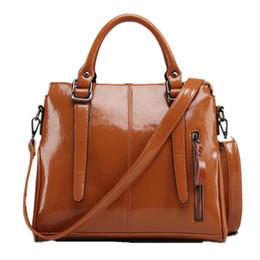 Sacos de embalagem laranja on-line-Macio sólido PU / PVC couro de Patente de compras sólido bege orange tote grande bolsa de viagem da menina da mulher de moda pacote de sacos de mensageiro