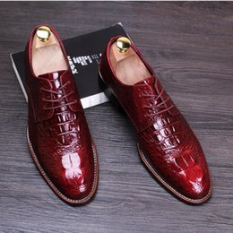 2018 NEW style Luxury Men s Fashion Patent Leather Dress Shoes Italian  Elegant Party Wedding Flats Lace-up Men Bussiness Casual Shoes S5 d96c96e347af