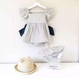 Pantaloncini a righe abito ins per bebè Bambino in cotone a maniche corte foglia di loto Big Bow Back 1-5T da